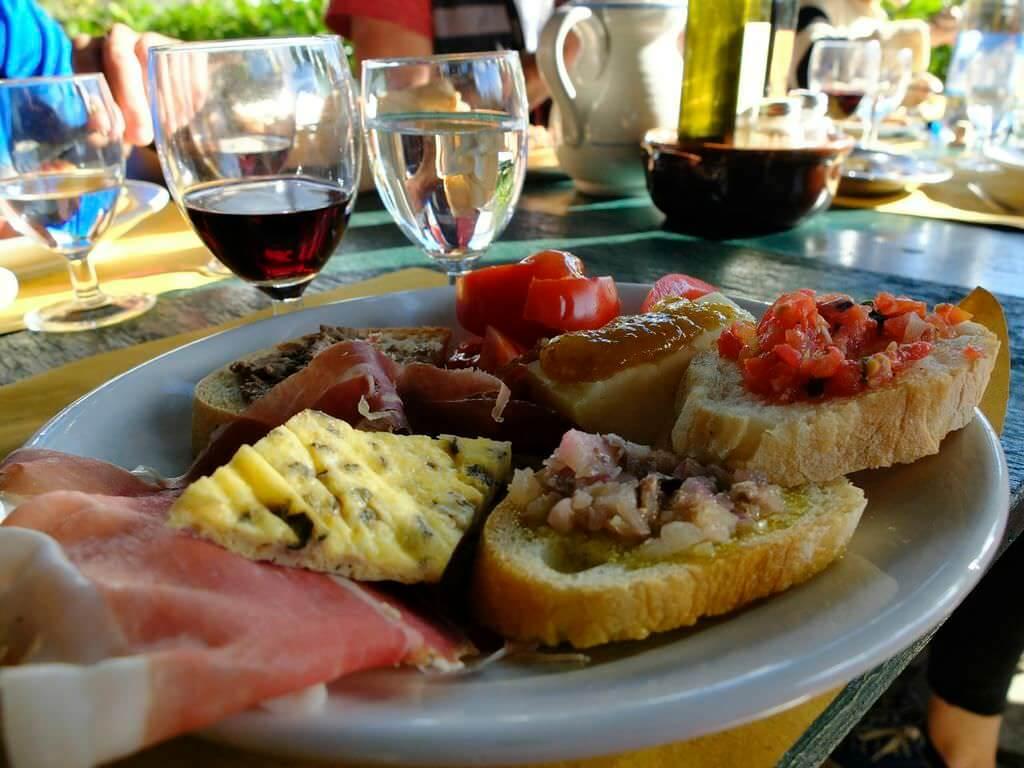 wine-tasting-tuscany