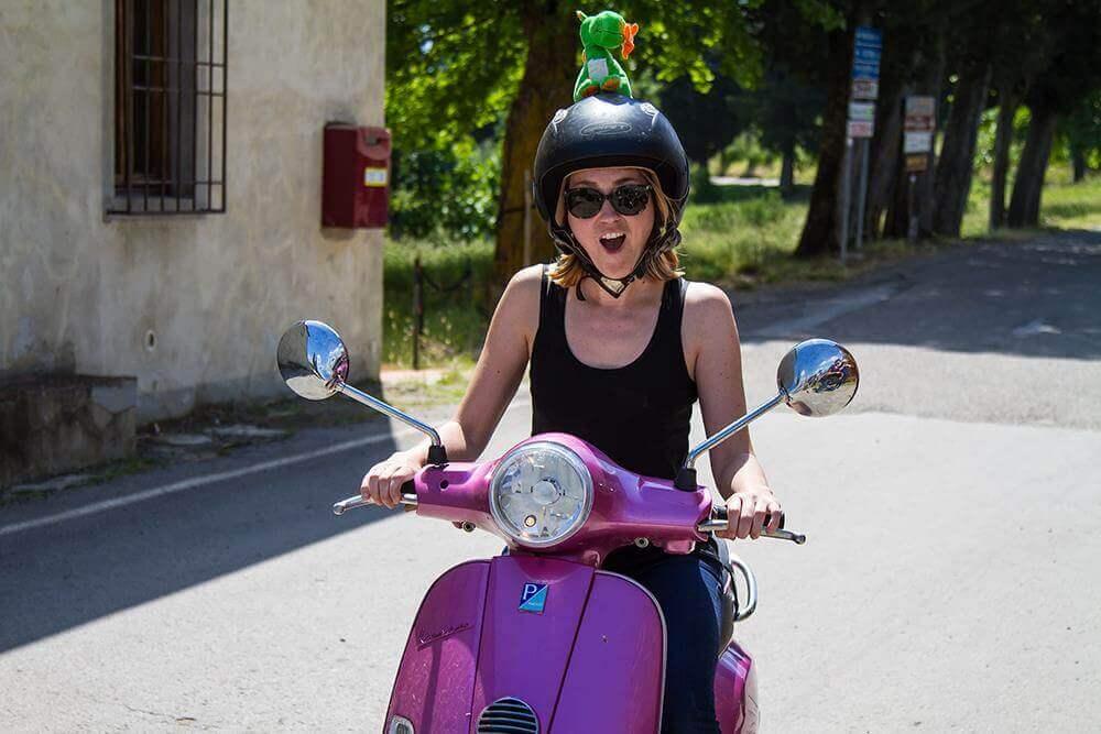 Vespa tour Florence Chianti safe