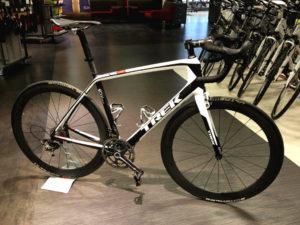 Carbon-road-bike-rental-Florence